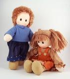 Poupées d'un couple, poupée de chiffon, poupée de tissu Photo stock