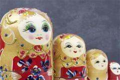 Poupées traditionnelles russes Matrioshka - Matryoshka ou Babushka Photo libre de droits