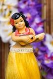 Poupée de fille de danse polynésienne Photos stock