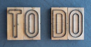 POUR FAIRE : MONDE DE WOODY DES MOTS images libres de droits