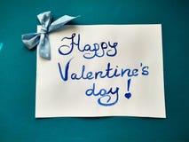 Pour la Saint-Valentin et les coeurs heureux d'inscription de Saint-Valentin images libres de droits