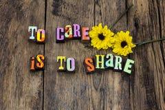 Pour s'inquiéter la charité de part donnez la sorte d'aide de gentillesse photographie stock