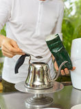 Pouring tea Royalty Free Stock Photography