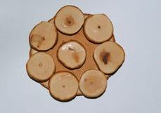 Pousa-copos de madeira do zimbro fotografia de stock royalty free