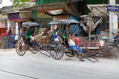 Pousse-pousse dans Kolkata, Inde image libre de droits