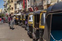 Pousse-pousse Tuk Tuks dans Udaipur, Inde Images libres de droits