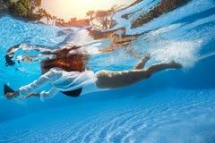 Pousse sous-marine images stock