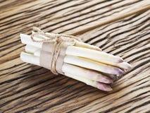 Pousses de l'asperge blanche photo libre de droits