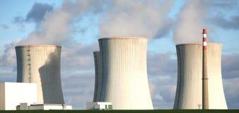 pouvoir de centrale nucléaire Photos stock