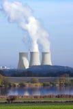 pouvoir de centrale nucléaire photographie stock libre de droits