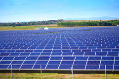 pouvoir Espagne du sud solaire de centrale de panneaux Photographie stock libre de droits