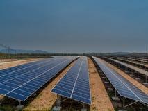 pouvoir Espagne du sud solaire de centrale de panneaux Photos stock