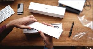 POV και πρώτη προβολή της σειράς 3 ρολογιών της Apple Στοκ εικόνες με δικαίωμα ελεύθερης χρήσης