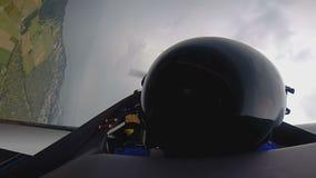 POV του πειραματικού κάνοντας διπλού βρόχου αεροπλάνων αεριωθούμενων αεροπλάνων στον αέρα πέρα από τον τομέα, ελευθερία φιλμ μικρού μήκους