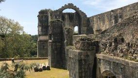 Pov dentro del castillo de Templar de Tomar o del convento de la herencia de la UNESCO de Cristo, originalmente una fortaleza de  metrajes