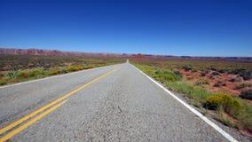 POV Drive στο έθνος Ναβάχο - χρονικό σφάλμα - 4K φιλμ μικρού μήκους