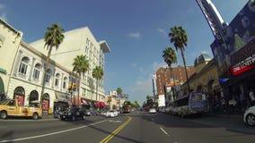 POV que conduz abaixo do bulevar de Hollywood em Los Angeles sobre cerca de 2014 video estoque