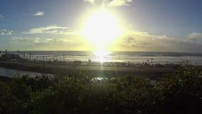 Pov-Sonnenuntergang-Antrieb unten Kalifornien-Küste - Cardiff 2 stock video