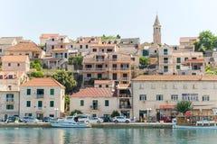 Povlja - alte adriatische Stadt in Kroatien Lizenzfreie Stockbilder