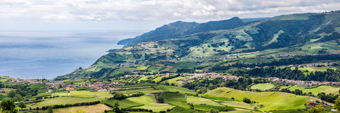 Povoacao全景鸟瞰图在圣地米格尔,亚速尔群岛的 免版税图库摄影