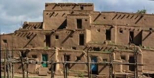 Povoado indígeno de Taos em New mexico imagens de stock royalty free