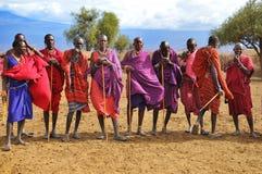 Povos africanos do tribo do Masai imagens de stock royalty free