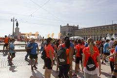 Povos após ter corrido a maratona de Lisboa Fotografia de Stock Royalty Free