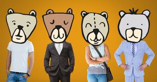 Povos com as caras principais animais do urso imagens de stock royalty free