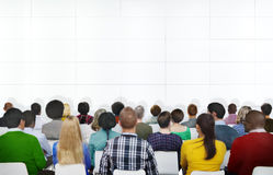 Povos da reunião da conferência do seminário que aprendem o conceito da apresentação Fotos de Stock Royalty Free