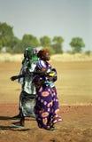 Povos de Fulani no rio, Mali Fotografia de Stock