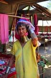 Povos de Karen na proibição Huay Sua Thao em Mae Hong Son, Tailândia imagens de stock royalty free