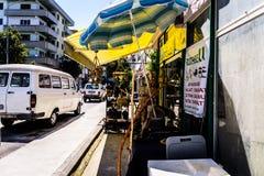 Povos diários e ruas da cidade de Cinarcik - Turquia Fotografia de Stock Royalty Free