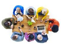 Povos diversos e conceitos sociais dos trabalhos em rede imagem de stock royalty free