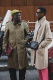Povos elegantes na semana de moda do ` s de Milan Men Imagens de Stock Royalty Free