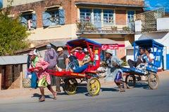 Povos em ANTANANARIVO, MADAGÁSCAR imagem de stock