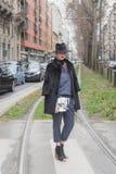 Povos fora da construção do desfile de moda de Gucci para Milan Women Fas Imagens de Stock
