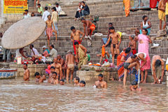 Povos indianos em varanasi Imagem de Stock Royalty Free