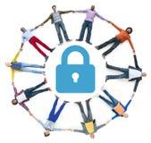 Povos multi-étnicos que formam o conceito do círculo e da segurança Imagens de Stock Royalty Free