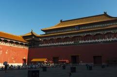 Povos na entrada da Cidade Proibida na cidade do Pequim, em China Foto de Stock Royalty Free
