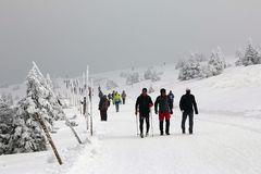 Povos na montanha no inverno Fotografia de Stock