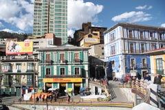 Povos na ponte de passeio em La Paz, Bolívia Foto de Stock