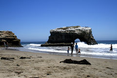 Povos na praia Foto de Stock Royalty Free