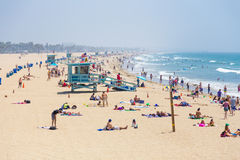 Povos na praia Fotografia de Stock Royalty Free