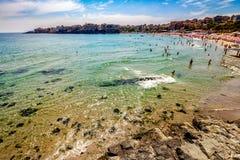 Povos na praia do mar de Sozopol Imagens de Stock