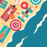 Povos na praia ou no litoral que relaxam e que executam atividades exteriores do lazer - banho de sol, livros de leitura, falando ilustração do vetor