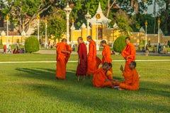Povos na rua do país asiático - Vietname e Camboja Imagens de Stock