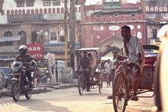Povos nas ruas de India Fotografia de Stock