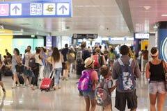 Povos no aeroporto Fotos de Stock Royalty Free