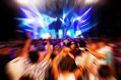 Povos no concerto da música, disco foto de stock royalty free