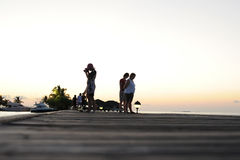Povos no feriado na ilha do paraíso de Maldivas, ` 2011 de março Fotografia de Stock